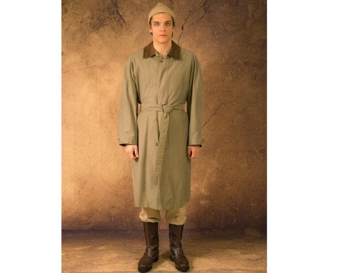 Men's classic beige coat from the 90s / menswear vintage clothing size L
