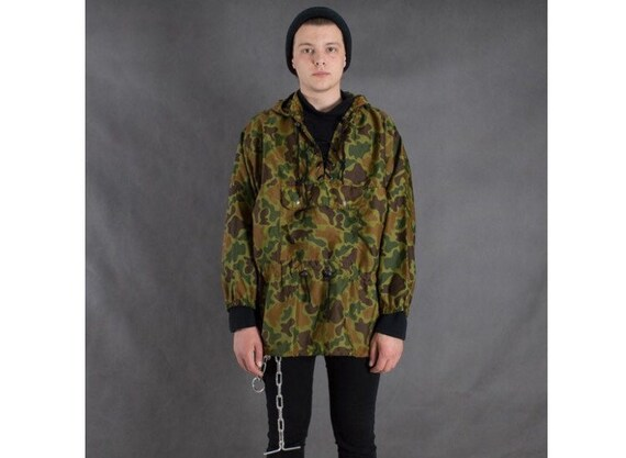 Vintage 90s camouflage / camo military windbreaker