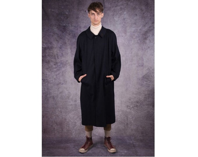 Vintage 90s super long coat in casual style, with hidden buttons closure / menswear vintage clothing