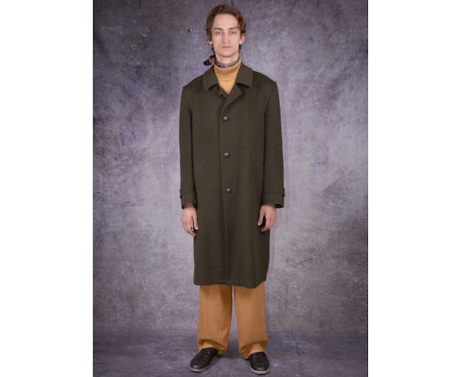 90s long coat in minimalistic style, made of wool in khaki color / menswear vintage clothing