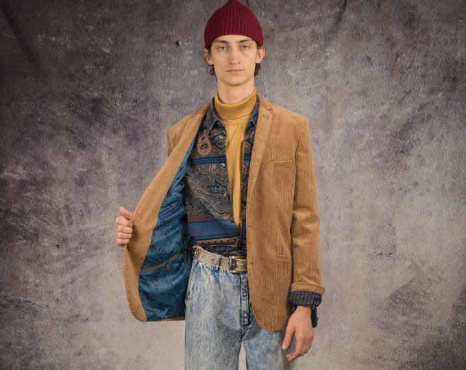 90s blazer in classic style, made of corduroy in carmel color / Retro Clothing by Mooha