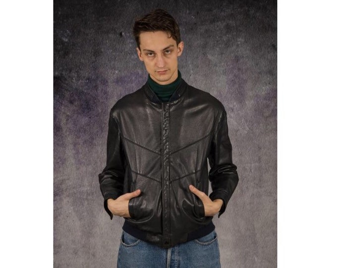 Vintage 90s navy blue real leather classic casual men's biker jacket / Mooha Menswear