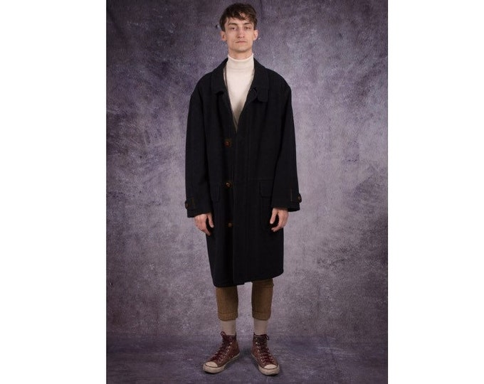 90s men's overcoat in casual style and dark gray color, with fancy buttons / menswear vintage clothing