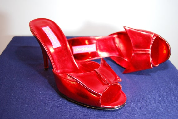 Patent Red Betsy Johnson slide/mule heels