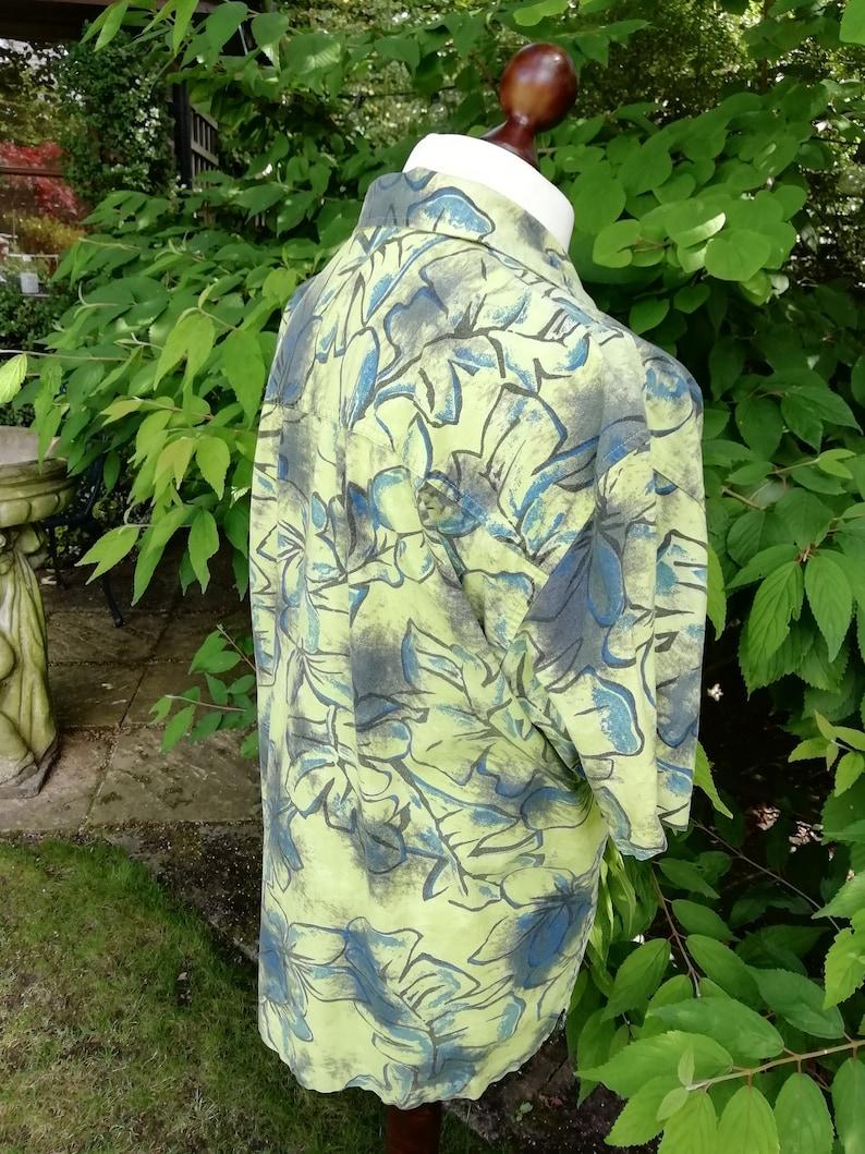 No Boundaries Vintage Men/'s Short Sleeve Shirt in Tropical Print Hawaiian Festival style