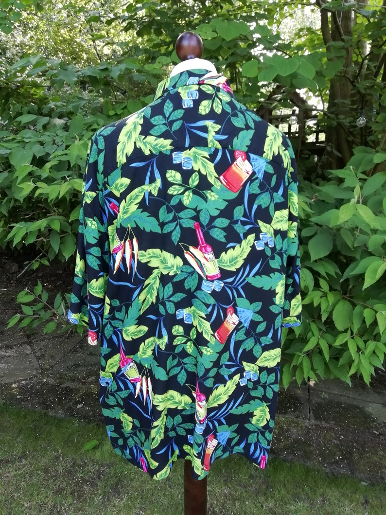 Puritan Vintage Men/'s Short Sleeve Shirt in Tropical Print Hawaiian Festival style