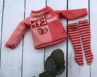 Strawberry sweatshirt for Blythe dolls - Sweet summer | 1/6 scale doll clothes