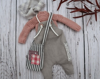 Blythe outfit with wool sweater, dungarees, muslim scarf and XL bag