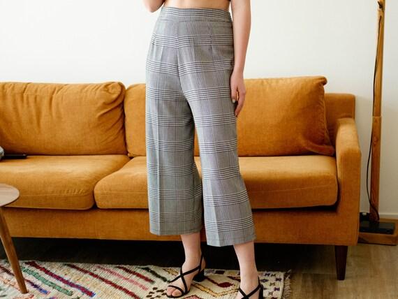 Vintage culottes / Black and white pants / 3/4 pa… - image 3