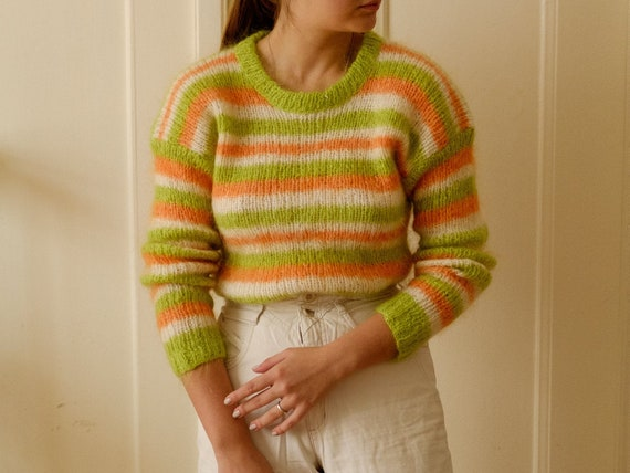 Vintage mohair sweater / Wool pullover / Hand knit