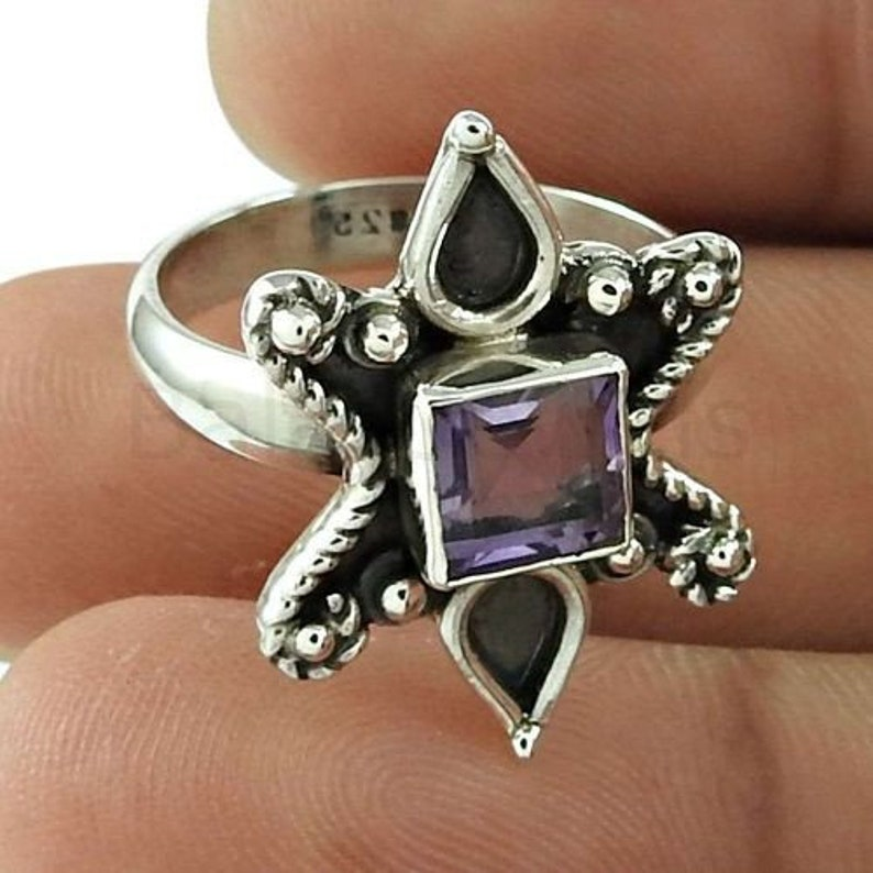 Boho Ring Cushion Gemstone 925 Sterling Silver Purple Amethyst Ring Christmas Gift Simple Band Ring Bezel Set Ring Faceted Gemstone