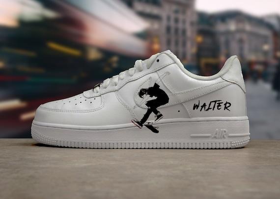Nike Air Force 1 Skateboard Boy Hand
