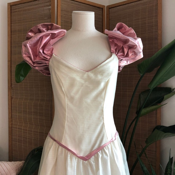 1980's Prom Gown in Cream/Pink Lamé with iridescen