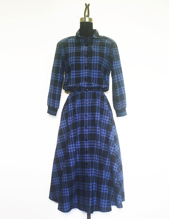 Vintage Plaid Shirtdress with Sporty Ribbed Cuffs