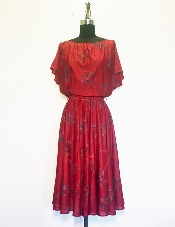 Vintage 70s 80s Fall Floral Flutter Sleeve Dress