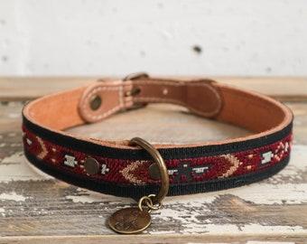 Navajo Style Thunderbird collar. Embroidered leather collar. Collar burgundy black. Southwestern collar. Aztec dog Collar. Arrow dog collar