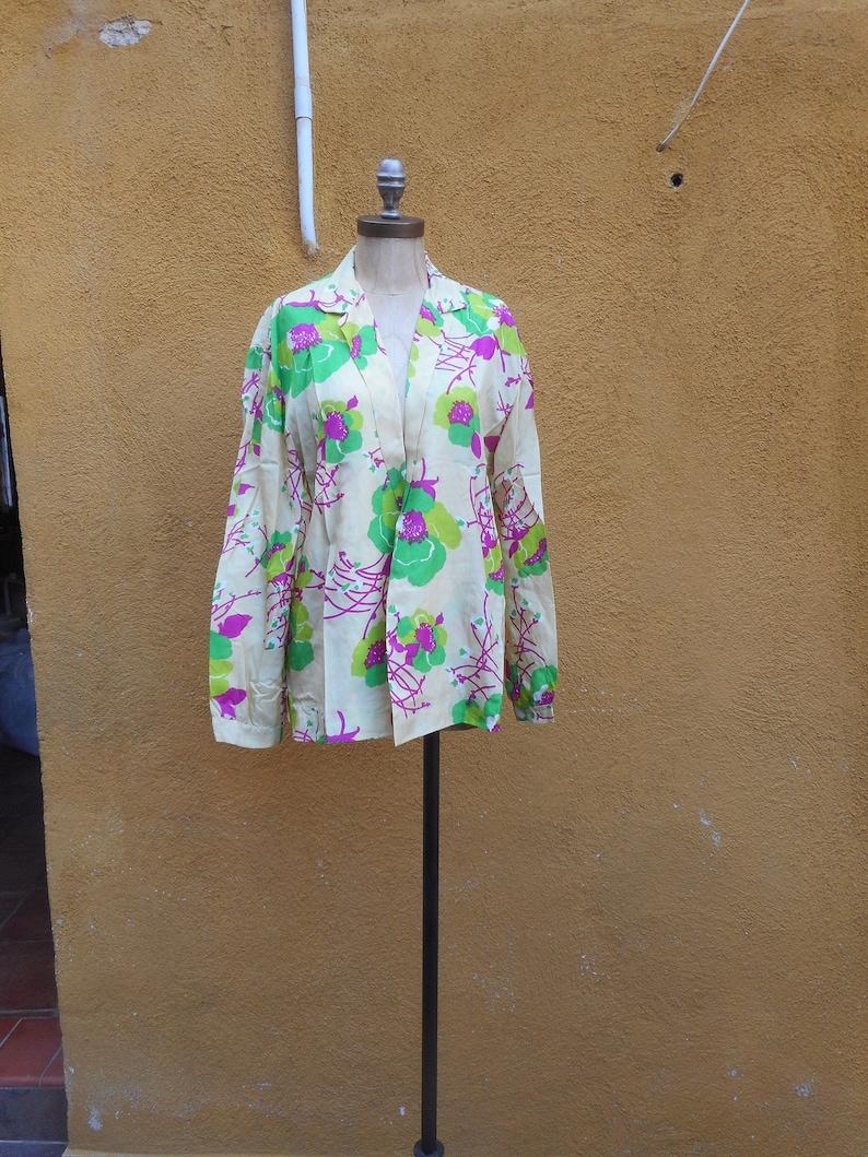 Vintage 1960s Floral Print Kimono
