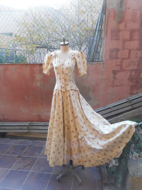 Antique Edwardian La Belle Epoque Floral Puff Slee