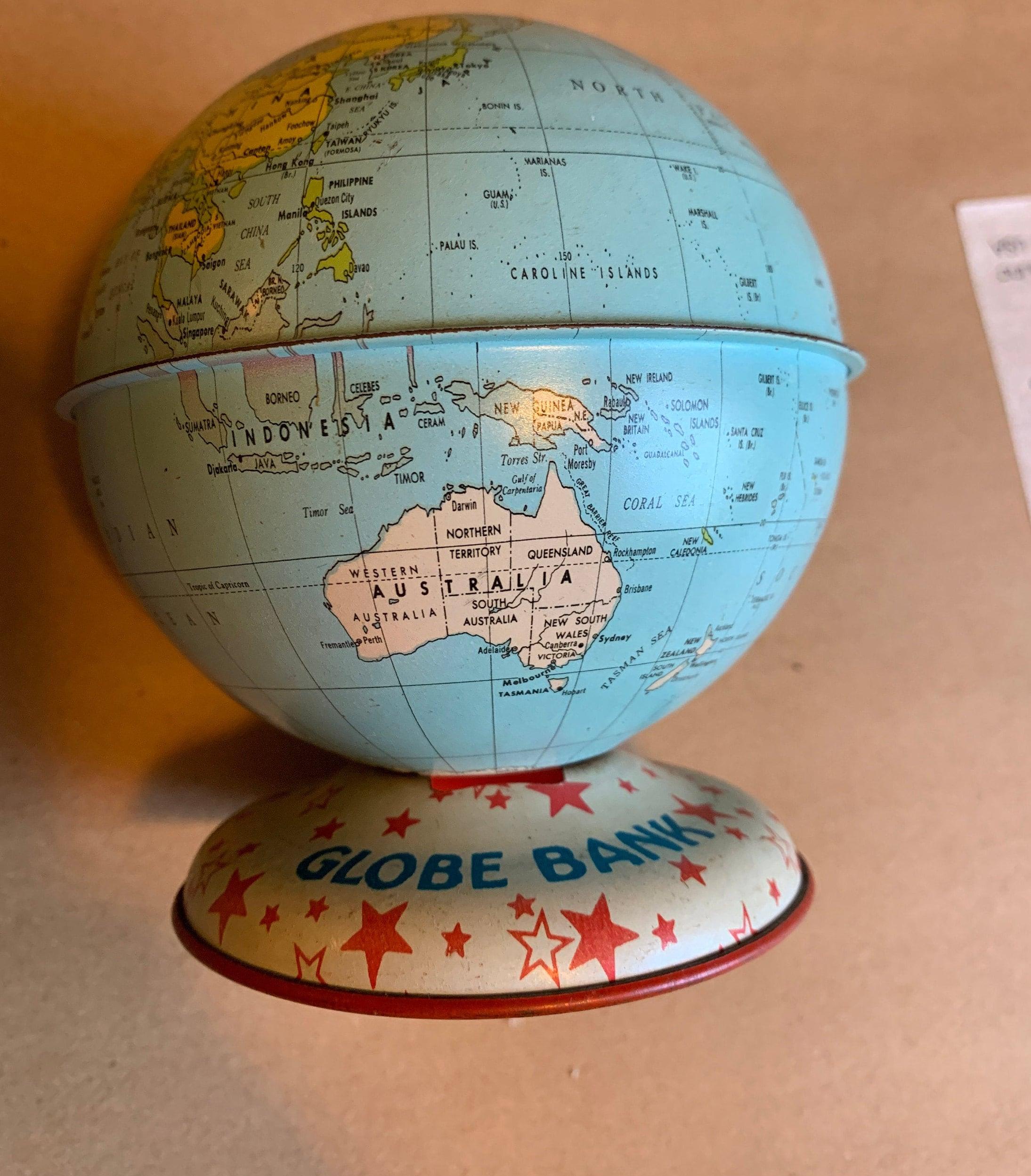 Design Bank Palau.Vintage Globe Bank