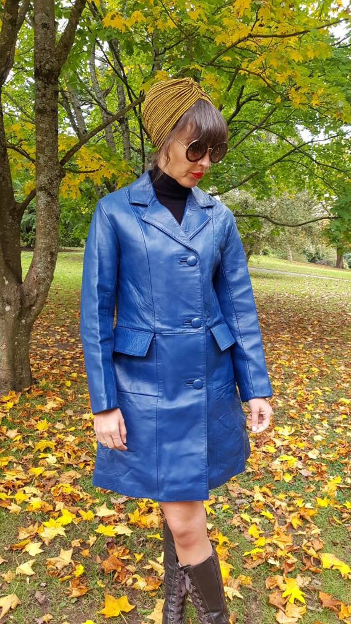 Beautiful Vintage 1960s 60's Mod Blue Leather Patch Pockets Covered Buttons Above The Knee Mini Coat.stunning Leather.small 8 - 10