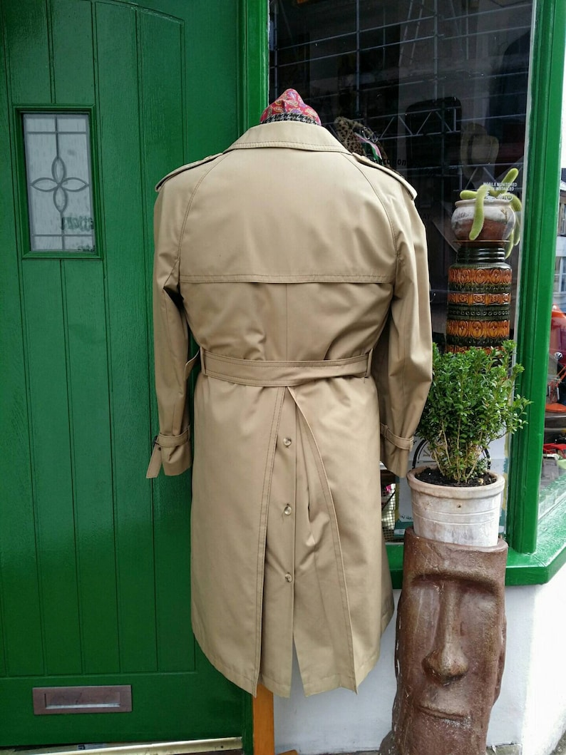 Vintage 1970s 70/'s light tan Allander of House of Fraser quilted removable lining Trench Coat Raincoat Overcoat.Belted epaulets.Large vgc