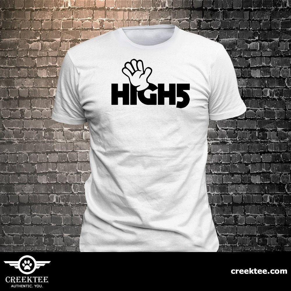 CAD$29.99 - Vinyl Print High Five T-shirt  T-shirt funny tees Unisex Cool Funny T-Shirts Fun Wear Various colors/colours available - 1906-B