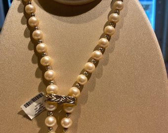 Pearl necklace shortening in 585 yellow gold with opal