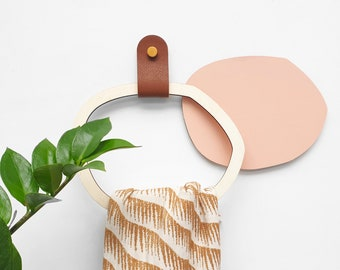 Towel door, towel, scarf - Recycled leather wall round tie and wooden ring - kitchen, bathroom, entrance, bedroom