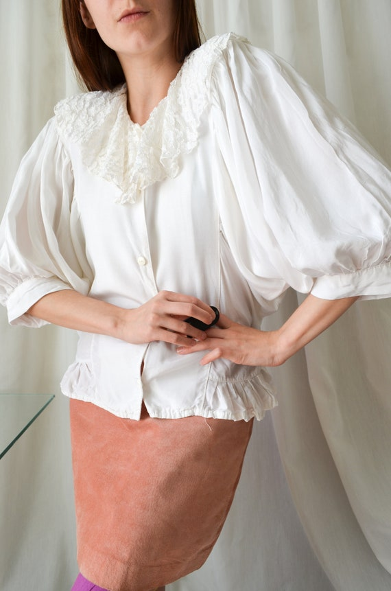 vintage white lace collar blouse | Cottagecore bat