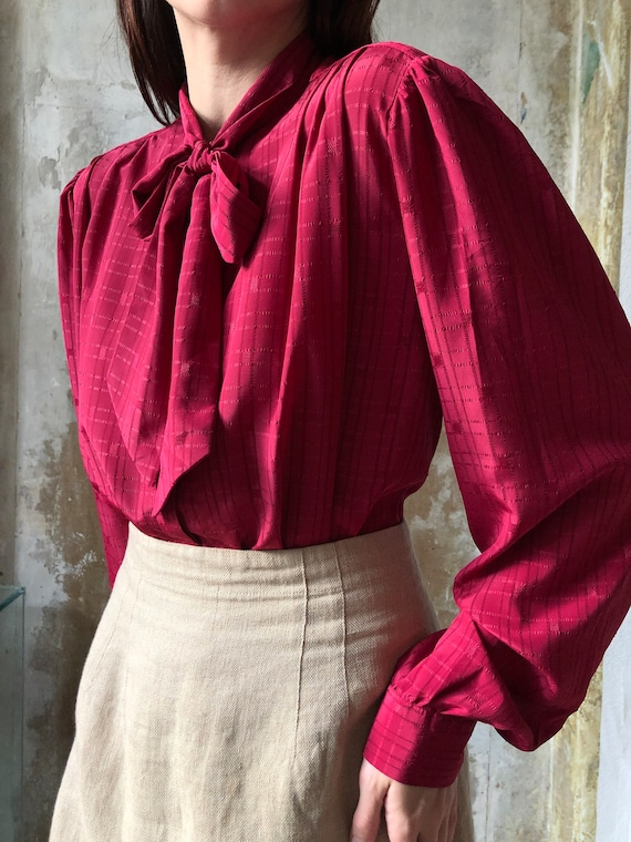 80s magenta pussy bow blouse | Red pink statement… - image 4