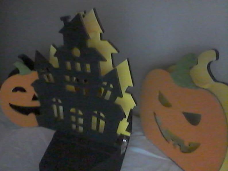 Secret Mystery House Orange Pumpkin Patch Coffin Box Four Wooden Figurine Stands.