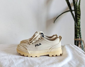 Vintage  Fila Platform Women's Shoes Sneakers Canvas