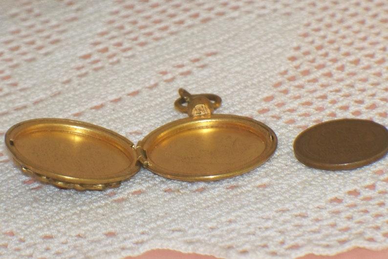 Vintage or Antique Goldtone Locket Fob Faux Pearl Picture Pendant