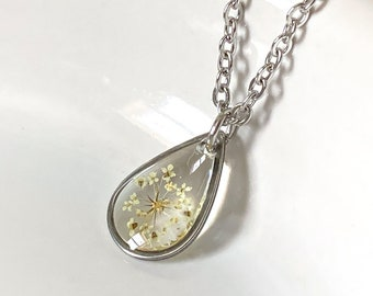 teenage girl gift Small plant and flower silver necklace handmade resin jewelry tiny floral amulet for her pressed rose petal pendant
