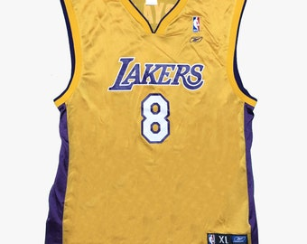 2ae1601b5e82 Vintage NBA Kobe Bryant x Los Angeles Lakers  8 Jersey