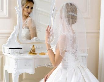 59343f46ad3cb Voile de mariage double couche blanc brodé à la main de perles de cristal