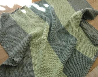 e8e7e88b38 Handgestrickte Babydecke - reine Baumwolle