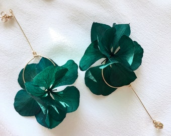 New Collection 2021 stabilized flower earrings -- green AURÉLIE