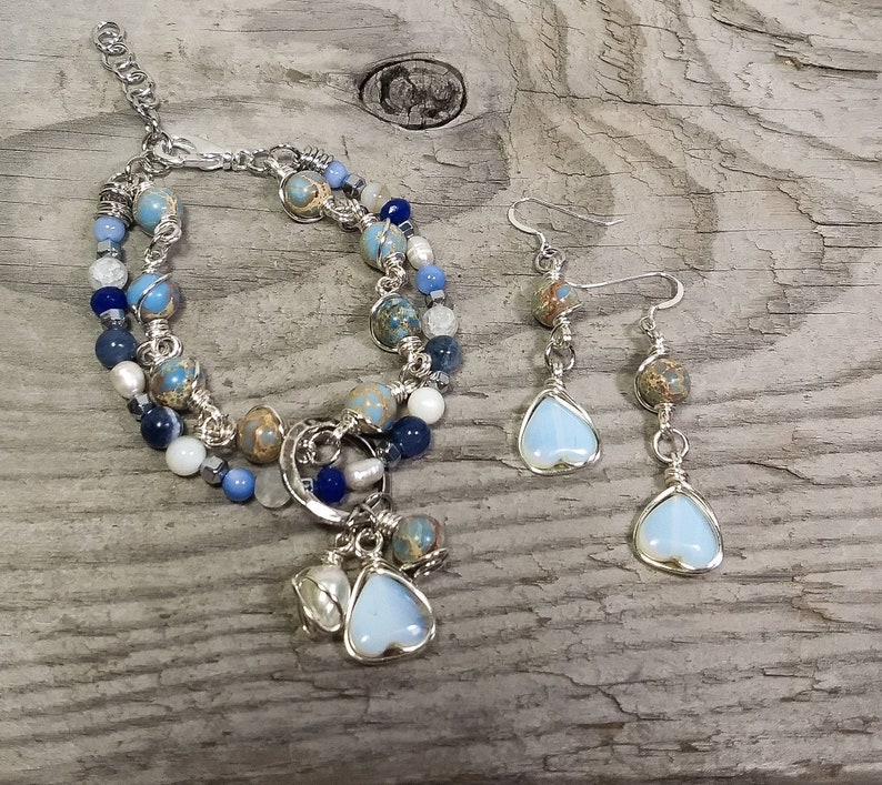 Dangle Earrings Heart Strand Bracelet Moonstone Heart Jewelry Set Gemstone Jewelry Boho Chic Jewelry Beaded Jewelry Handmade Jewelry.