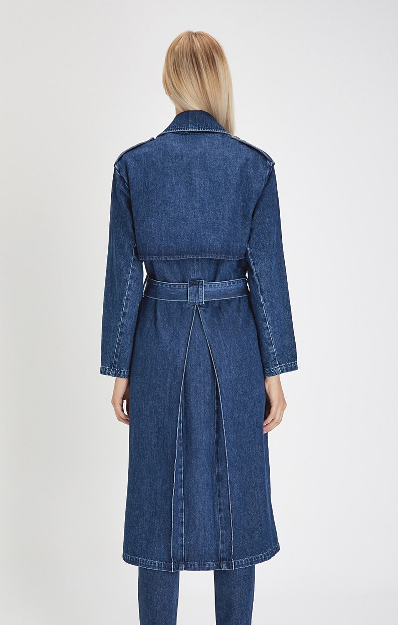 Size XL Women Iconic Trenchcoat