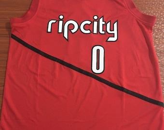 d2d22c4e4176 NWT Rip City  0 Lillard Fully Stitched Jersey