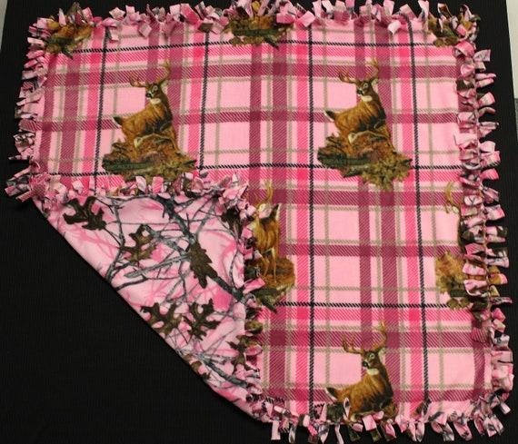 Plaid Deer Head Fleece Tie Blanket