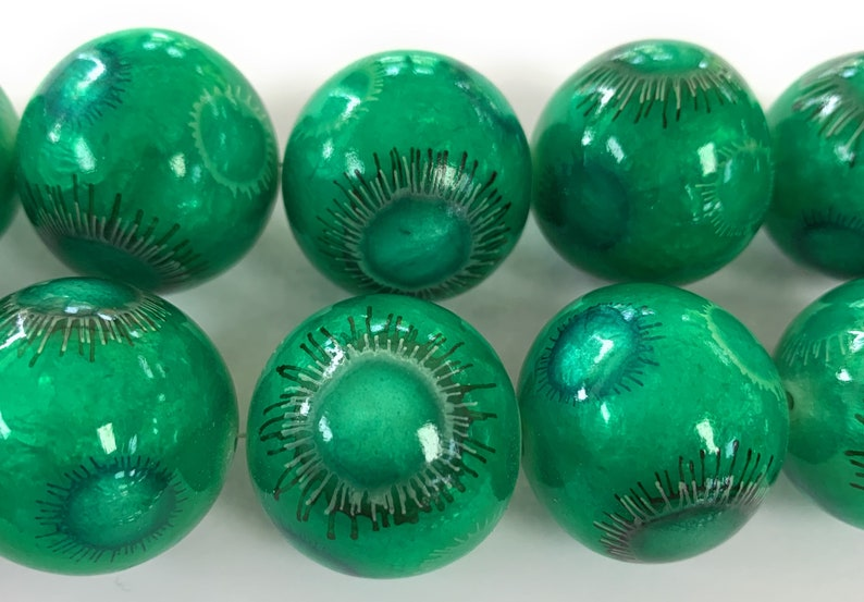 8 pcs. Philippines Capiz Shell Green printed  round 25 mm beads 8 inch strand