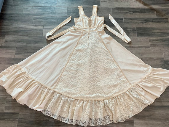 Gunne Sax Linen and Lace