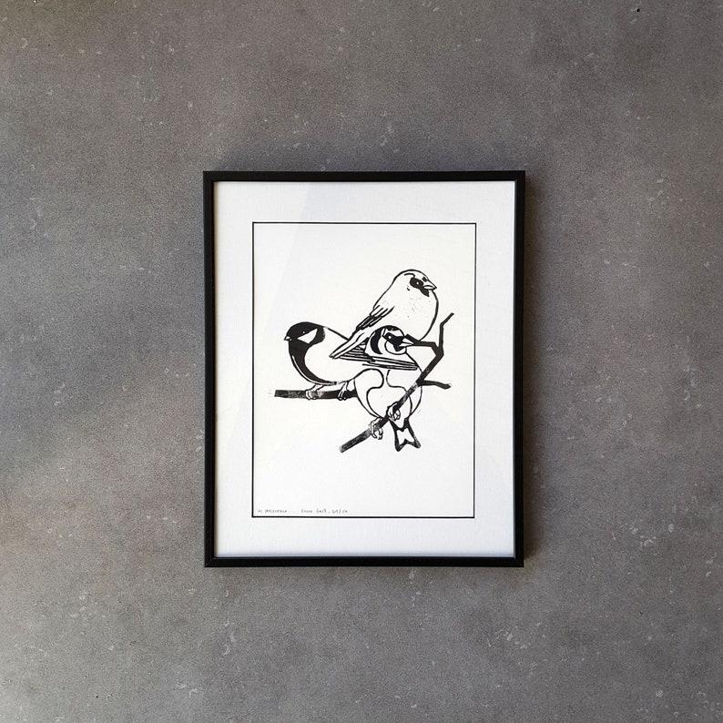 24x18cm black-coloured lingocut to frame