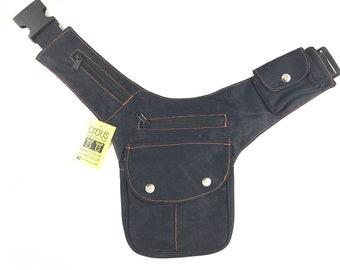 """Kidney/Bag/Faltriquera model """"BALI"""" unisex. Travel bag. Hip Bag. Holster bag. Adjustable Strap. Cotton Canvas."""