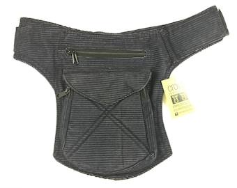 """Kidney/Bag/Faltriquera model """"Stiching"""" unisex. Travel bag. Hip Bag. Holster bag. Adjustable Strap. Pana Corduroy"""