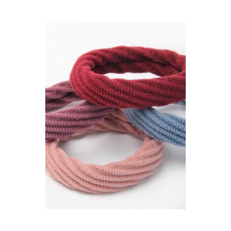 Set of four Jersey Textured elastics 1cm thick