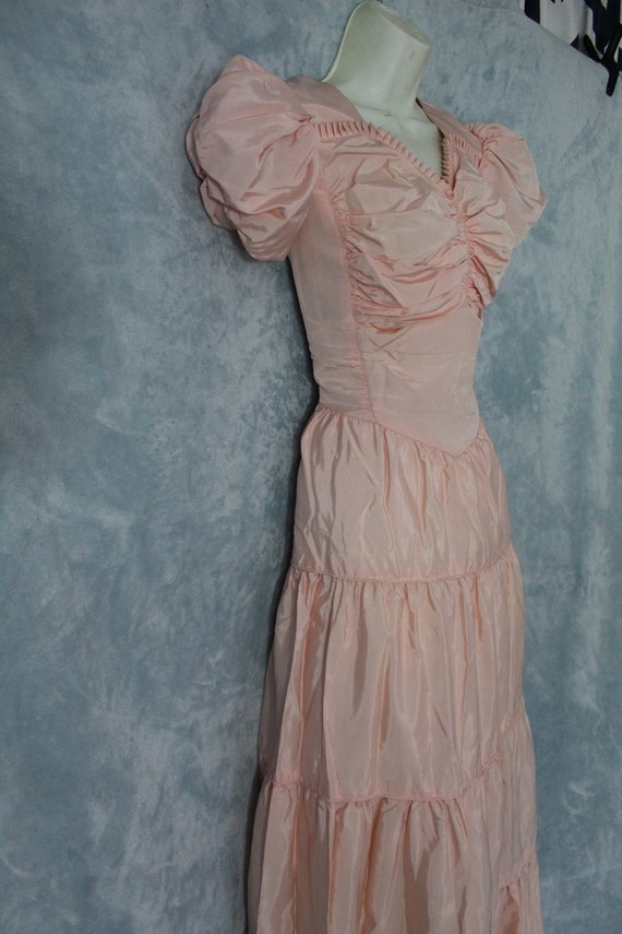1940's pink ball gown - image 2