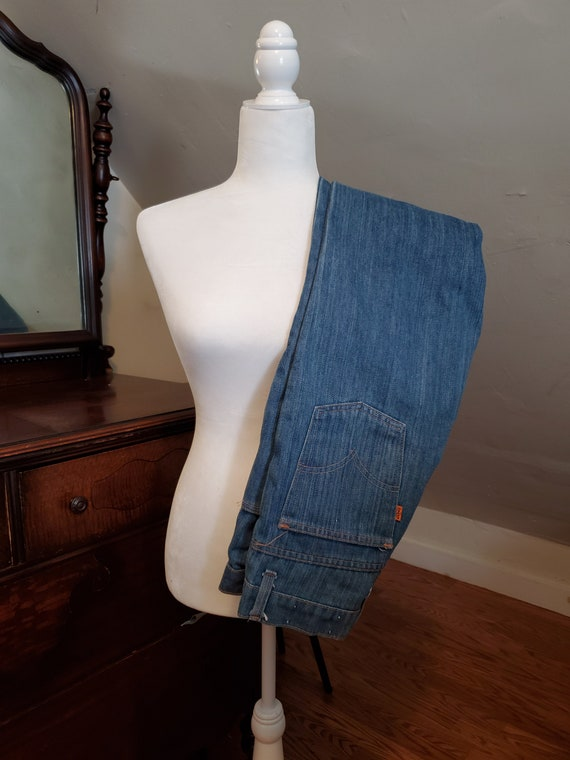 1970's Levi's 746 Size 25/26 Bell Bottom Jeans 27x